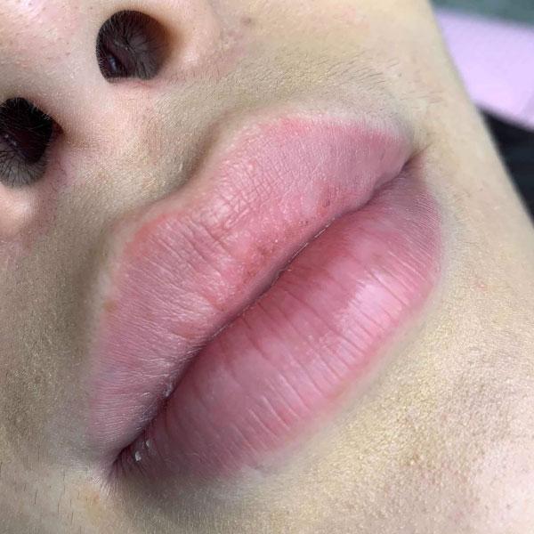 Lip Tinting